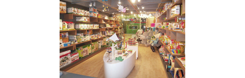 store-interior-design-TaygaToys-03