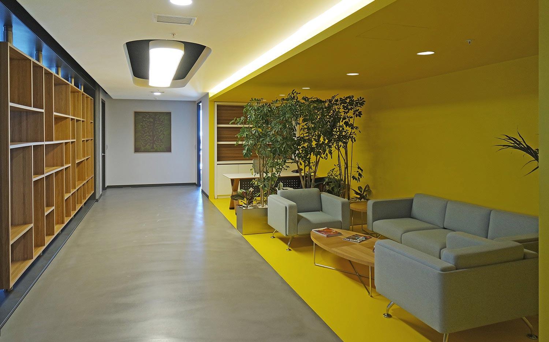 cagdas-modern-yaratici-ofisler-bati-yapi-04