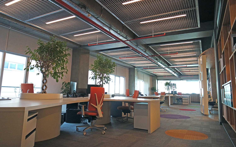 cagdas-modern-yaratici-ofisler-bati-yapi-05